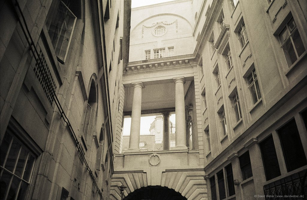 London-1989-03-0036.jpg